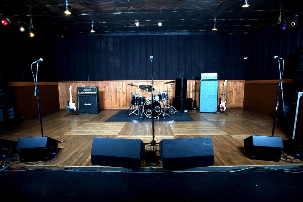 Mates Main - Studio A
