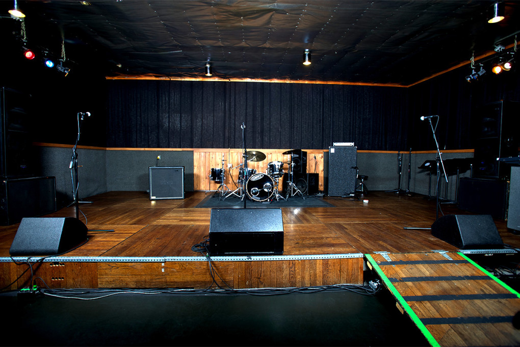Mates Main - Studio B