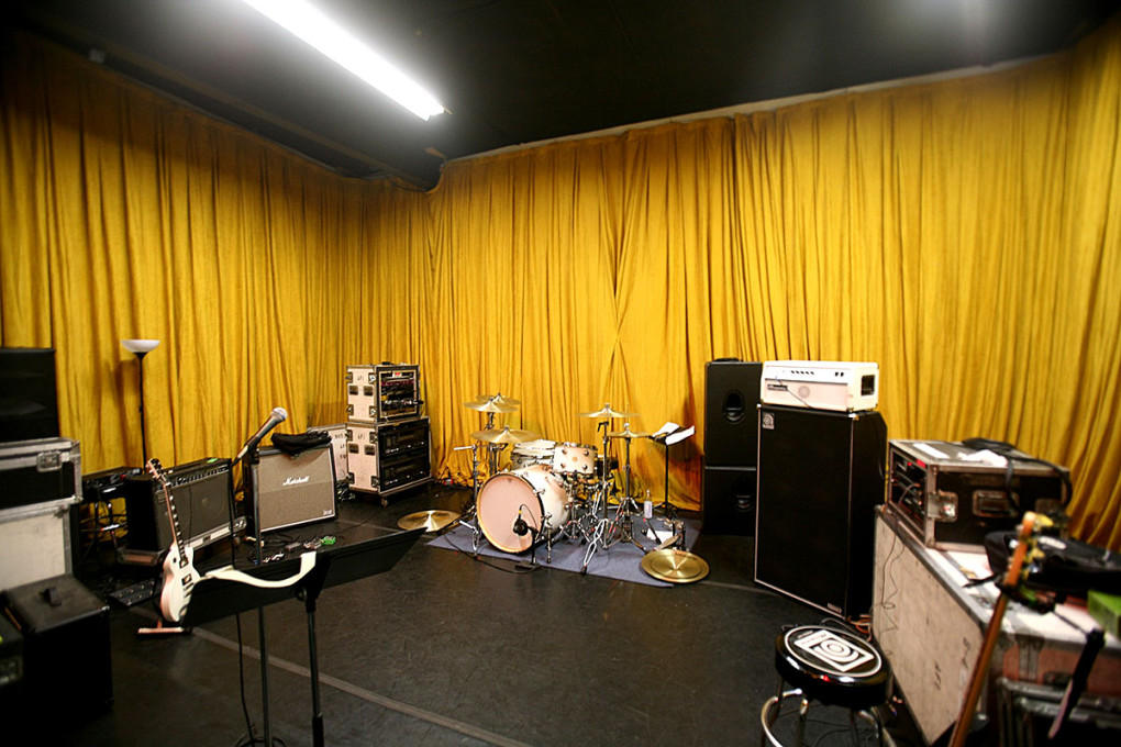 Gold Room 1