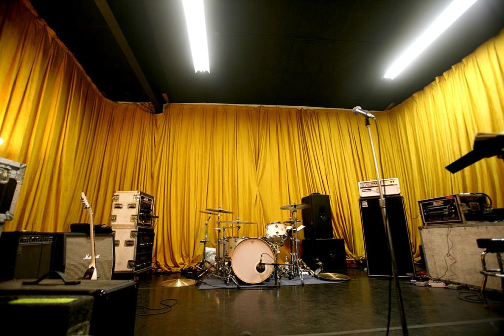 Gold-Room-2-300dpi